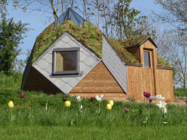 cabane g od sique zome 5 avec annexe cabanade constructeur b tisseurs de cabanes. Black Bedroom Furniture Sets. Home Design Ideas